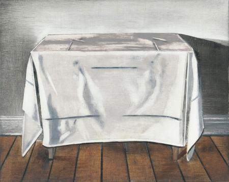 TABLE-WITH-TABLECLOTH