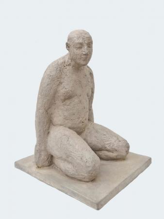 Kneeling-man-2