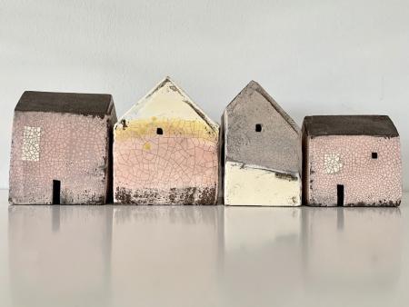 set of houses 1617